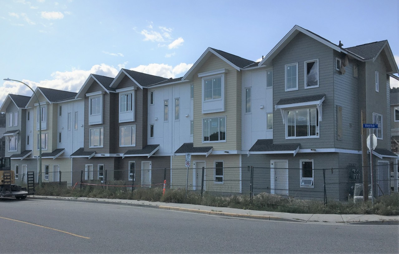 21 Family Townhomes Coming This Fall to Glenmore